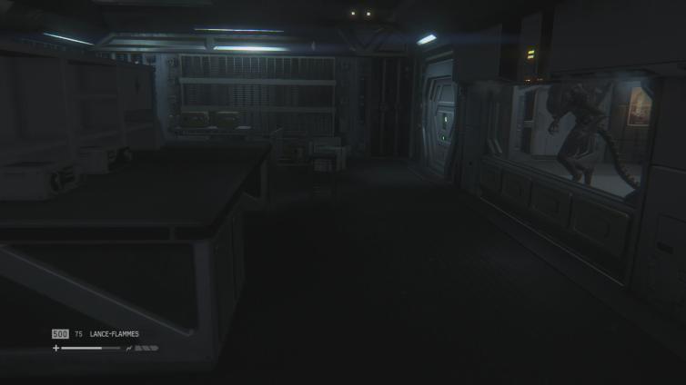 Ym Lord Phantom playing Alien: Isolation
